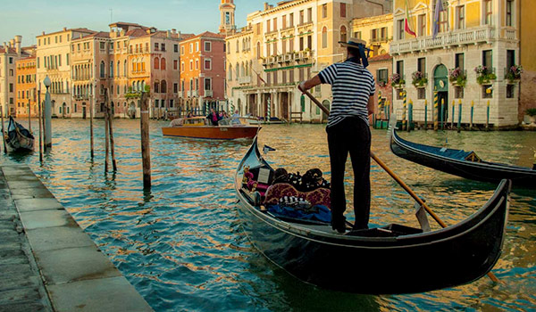Car hire in Venice